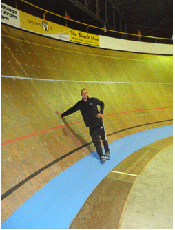 Rodrigo from BIC at the Ontario, Canada Velodrome. This Velodrome's track is 142m long has a 50% slope!
